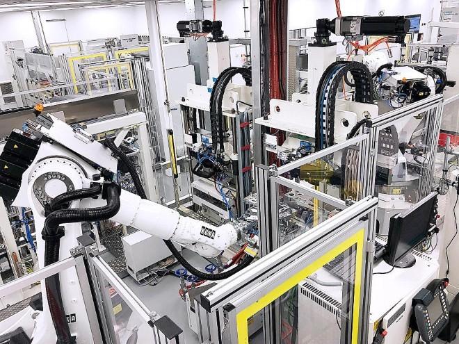 Daimler: серийное производство топливных элементов